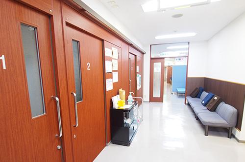 診察室前待合室